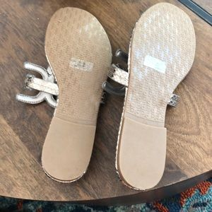 Sam Edelman Shoes - Sam Edelman pewter sandals BNWOT !! 7.5